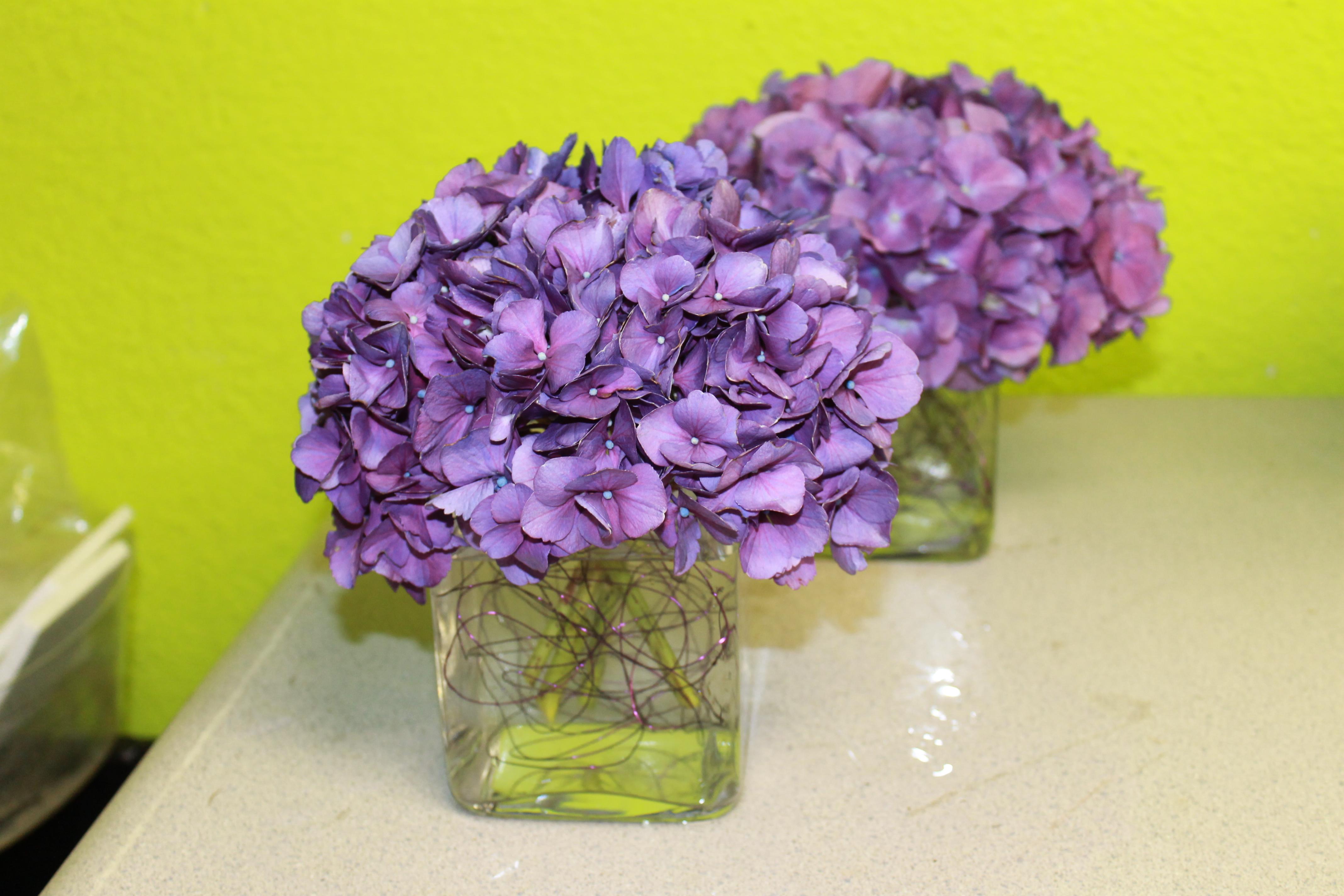 Convention flower centerpieces modern designs